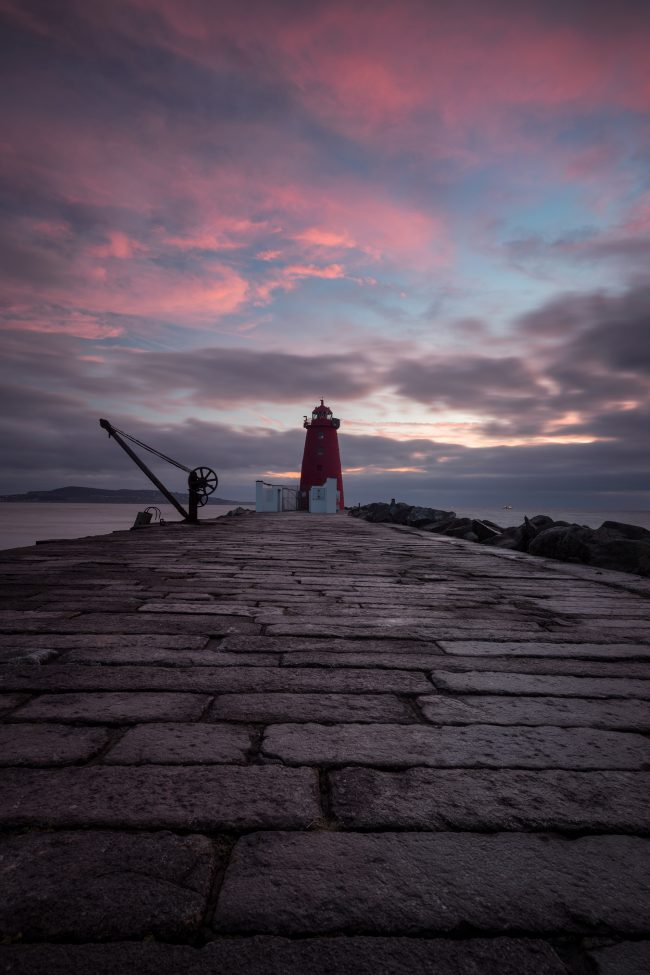 poolbeag lighthouse